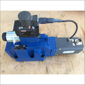 力士乐电磁阀厦门供应4WRDE25V1-350L-5X 6L24K9 WG152MR