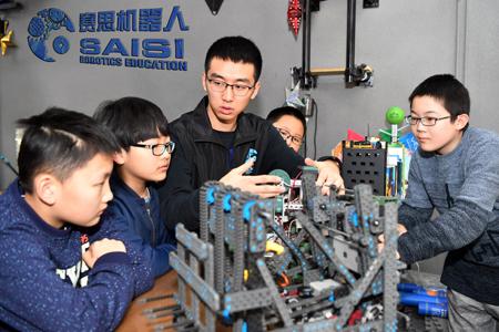 赛思机器人小课堂受学生热捧