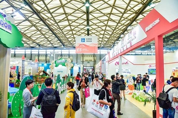 百年前幼教兴起设施简陋 看当今CPE中国幼教展繁华