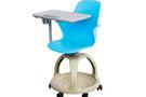 个性化定制学生课桌椅改善学生不良坐姿