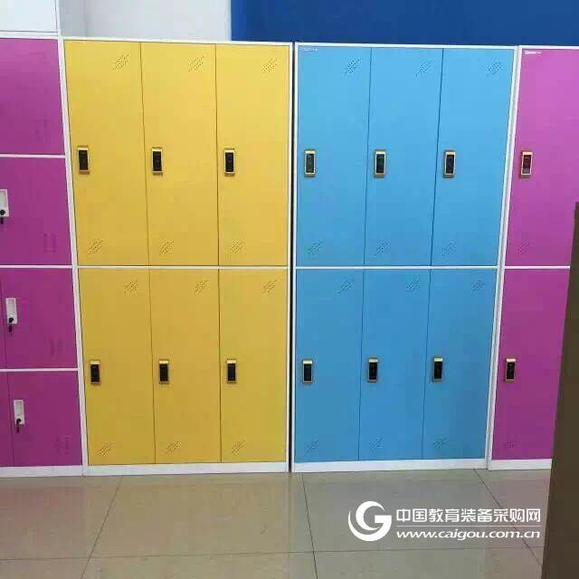 供应钢制医用柜 文件柜 更衣柜 上玻璃下开门文件柜